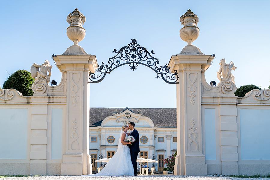 Brautpaar auf Schloss Halbturn