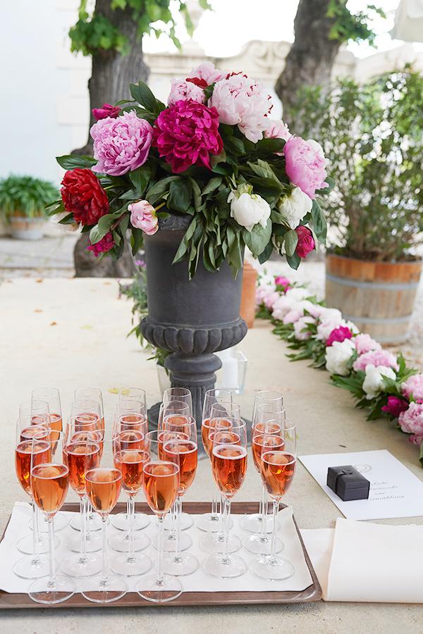 Sektempfang bei Hochzeit auf Schloss Halbturn