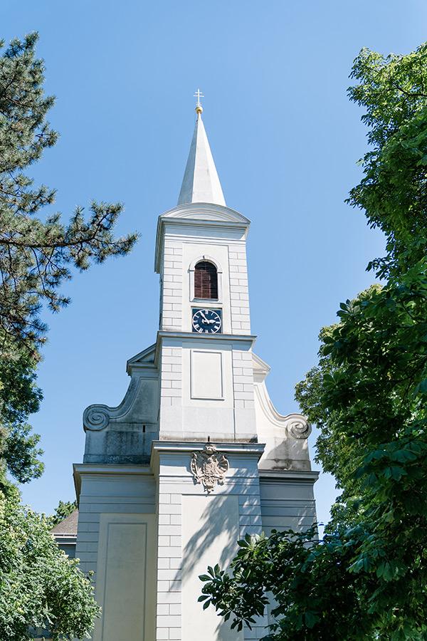 Kirche am Schlosspark Halbturn