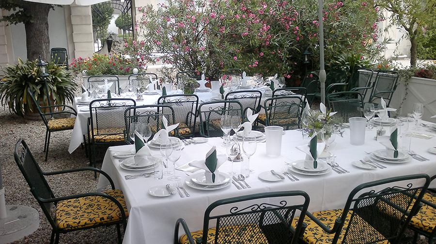 Hochzeit auf der Schlossterrasse im Restaurant Knappenstöckl auf Schloss Halbturn