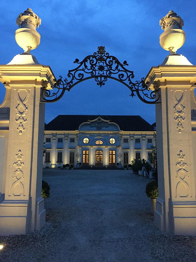 Abendstimmung bei Feier auf Schloss Halbturn