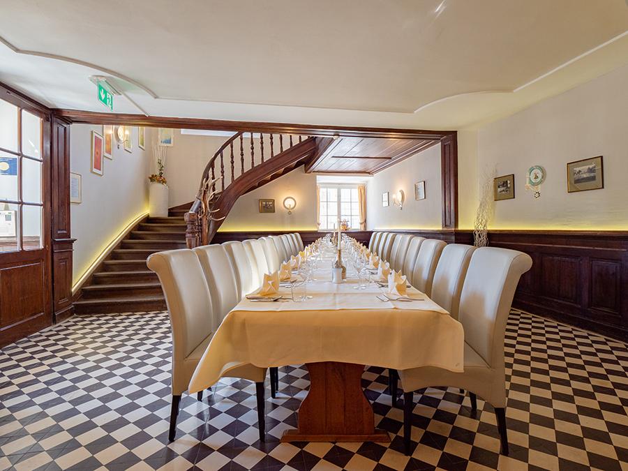 Feier im Jägerstüberl im Restaurant Knappenstöckl auf Schloss Halbturn