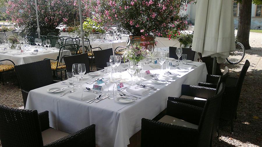 Feier auf der Schlossterrasse im Restaurant Knappenstöckl auf Schloss Halbturn
