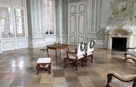 Standesamtliche Hochzeit im Freskensaal auf Schloss Halbturn