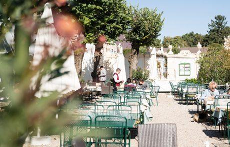 Die Schlossterrasse im Restaurant Knappenstöckl 2