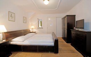 Schloss Halbturn Zimmer Riesling