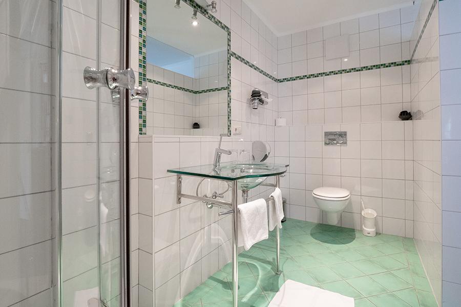 Schloss Halbturn Suite Riesling Badezimmer 2